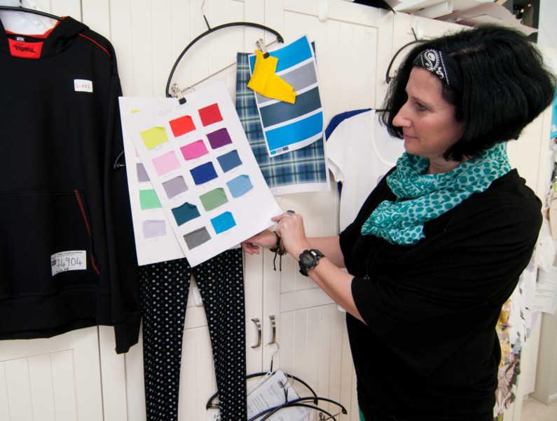 Unsere Designerin Frau Schwarz
