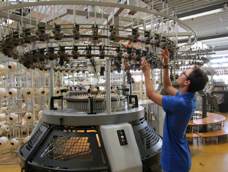 Unser Azubildender Produktionsmechaniker