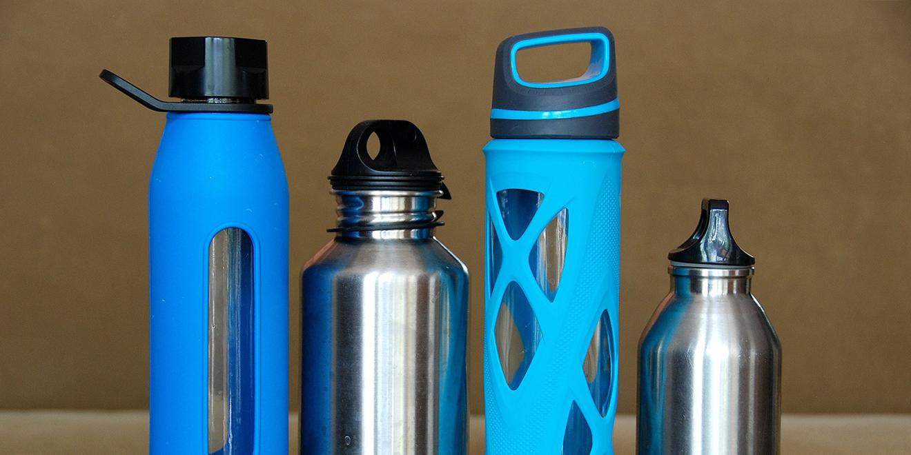 Wasser, H2O, mehr Wasser trinken, Fluessigkeitshaushalt, Wasserhaushalt, Wasseraufnahmen, Wasser trinken, Wasserzufuhr, Wasserflaschen