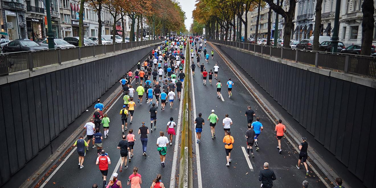 Laufen, Ganzkörper-Workout, Laufen als Ganzkörper-Workout, Ganzkörper-Workout Laufen, Laufen ist gesund, Gesund Laufen, Laufen hält fit, Ganzkörper-Training Laufen, Ausdauer, Muskeln, Psyche