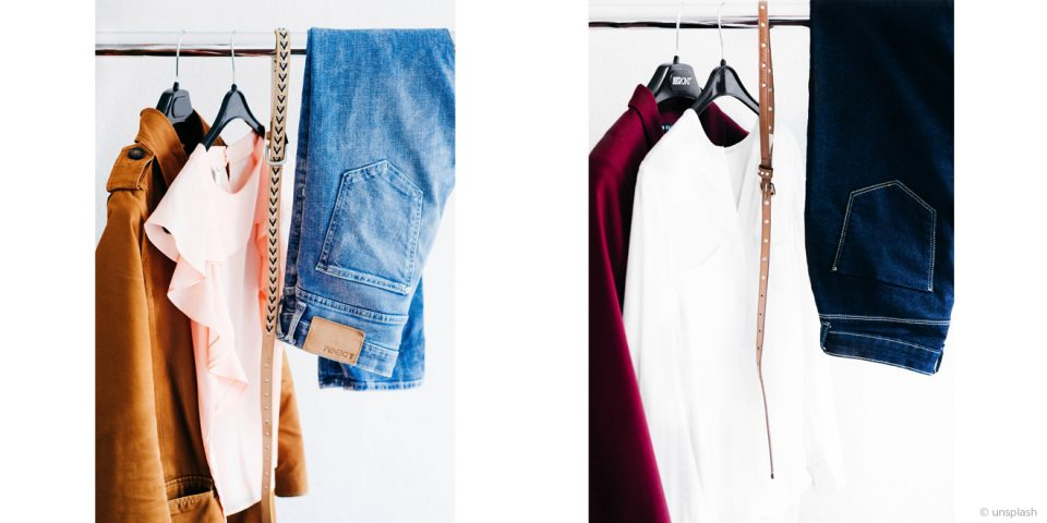 Minimale Anzahl von Kleidung auf einer Stange