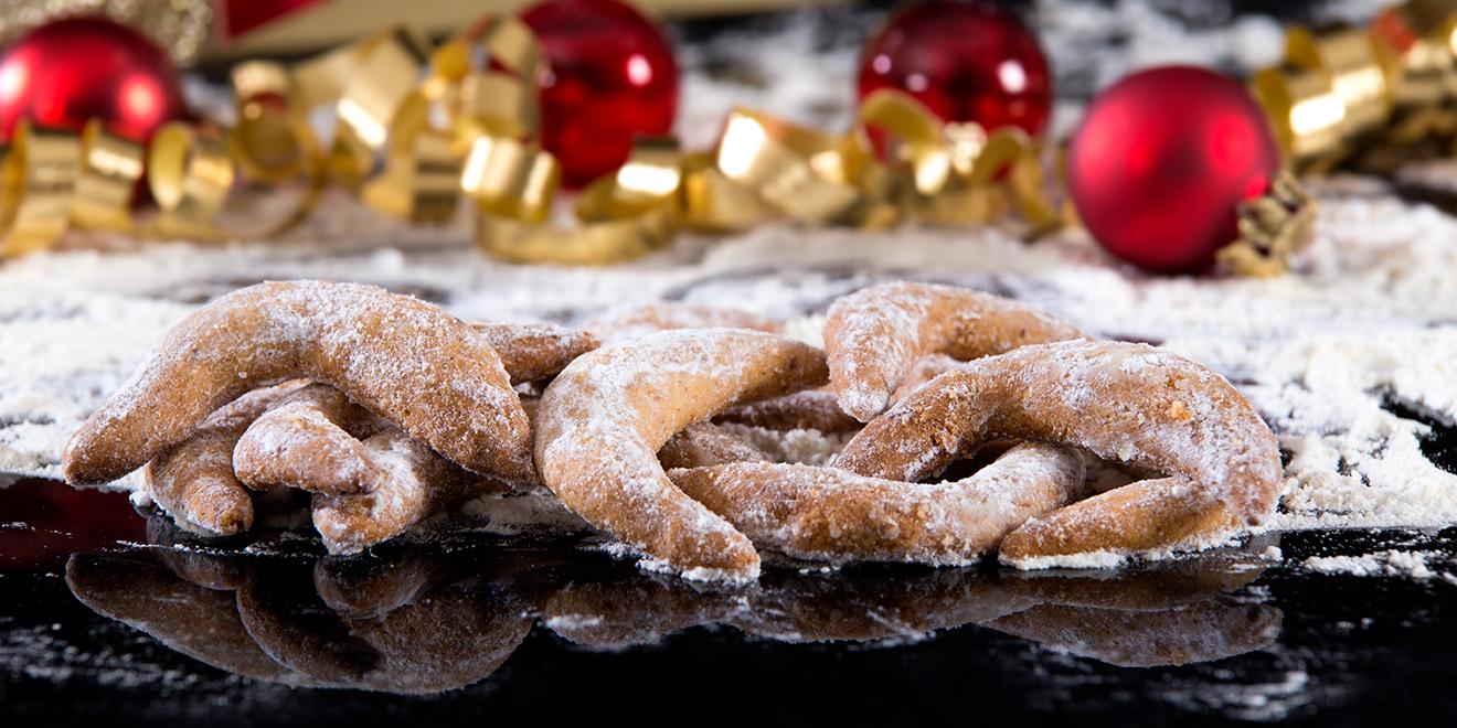 Weihnachten, Weihnachtsplätzchen, Plätzchen backen, Backen, Weihnachtsbäckerei, Advent, Plätzchen zu Weihnachten, Plätzchenrezept, Weihnachtsrezepte, Backrezepte, Vanillekipferl