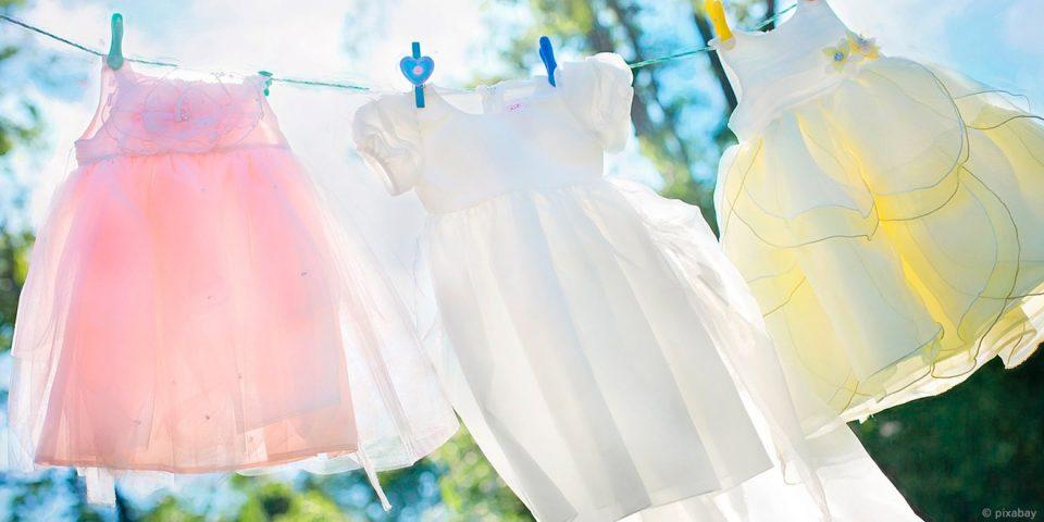 Richtig Waschen, Kleidung und Umwelt schonen, Energie und Wasser sparen, Tricks, Tipps, Waschmaschine, Wäsche, Kleidung, Richtig, Pflege, Umwelt, Schonend, Weichspüler, Waschmittel, Weichspüler