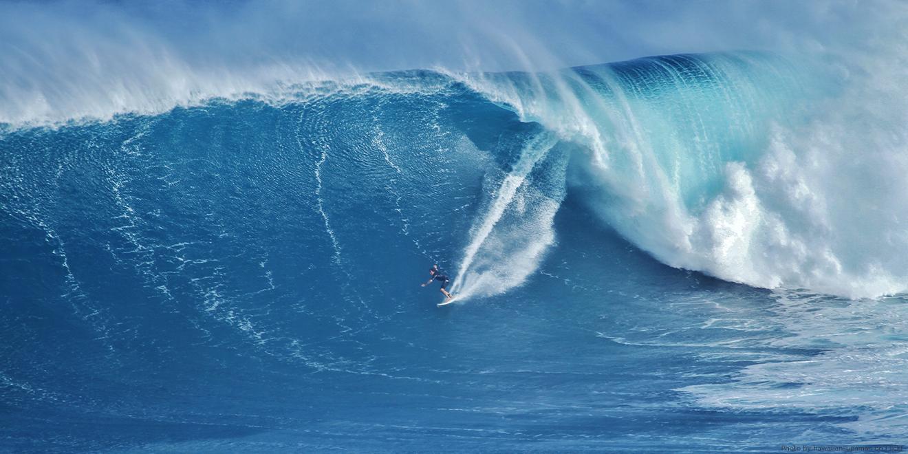 Der Weltrekord im Tow-In Surfing liegt bei 30 Metern Wellenhöhe
