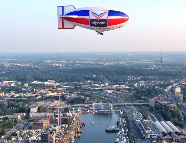 Das TRIGEMA Luftschiff über Köln.